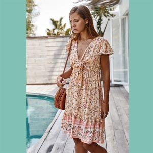 Dresses - Pink V-Neck Floral Print Ruffled Dress